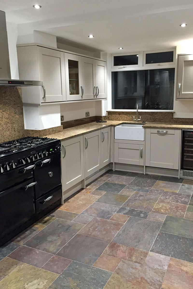 Luxury Kitchen And Floor Fitting Banbury