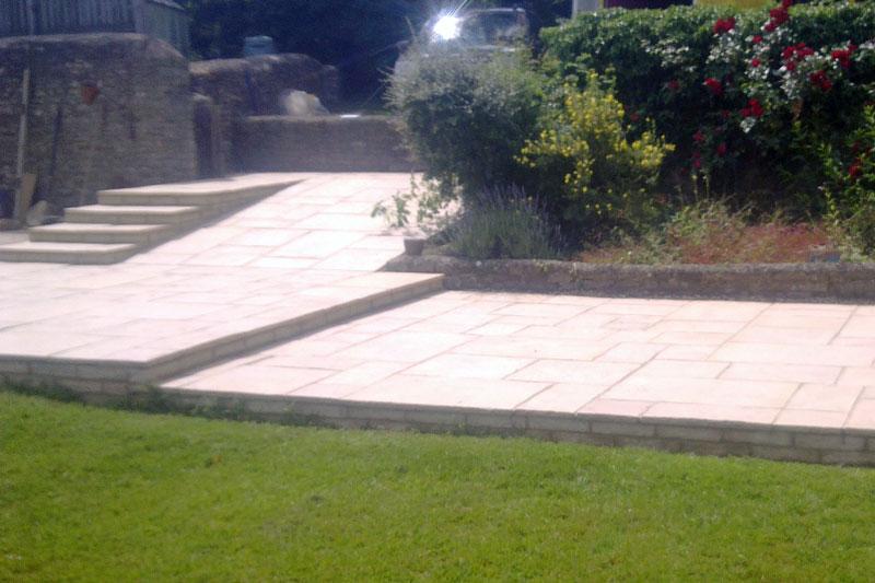 Beautiful Banbury patio laying